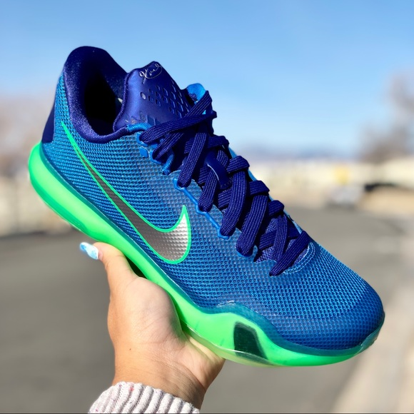 "b80bb2caf82f Nike Men s Kobe 10 ""Emerald City"" Shoes"